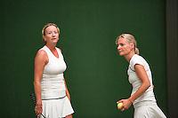 26-08-12, Netherlands, Amstelveen, Tennis, NVK, Mariette Verbruggen (L) en Bettina Deurlo-Sonneveld