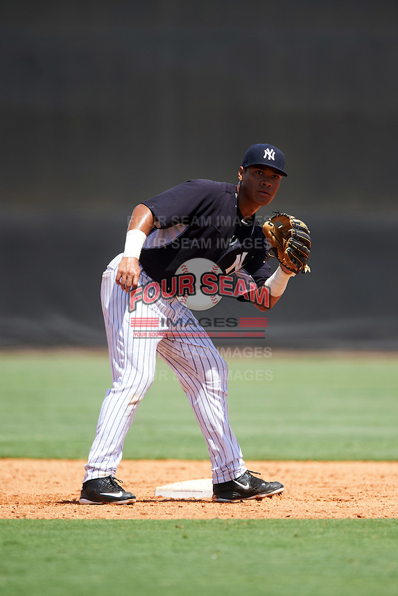 GCL Yankees East second baseman Jesus Graterol (25) during a game against the GCL Yankees West on August 3, 2016 at the Yankees Complex in Tampa, Florida.  GCL Yankees East defeated GCL Yankees West 12-2.  (Mike Janes/Four Seam Images)