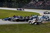 Takuma Sato, Rahal Letterman Lanigan Racing Honda, Marcus Ericsson, Arrow Schmidt Peterson Motorsports Honda, James Hinchcliffe, Arrow Schmidt Peterson Motorsports Honda, start, crash