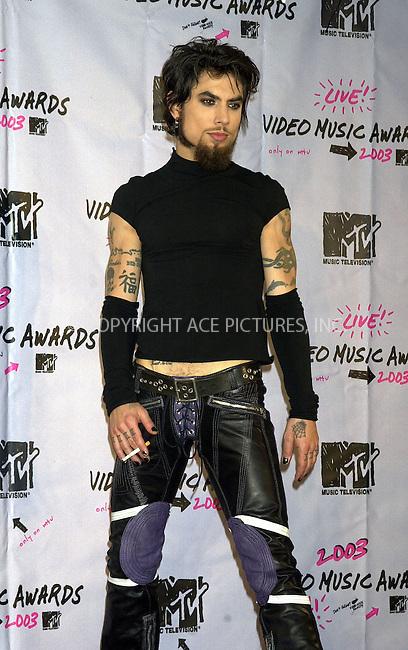Dave Navarro at 2003 Video Music Awards. New York, August 28, 2003. Please byline: NY Photo Press.   ..*PAY-PER-USE*      ....NY Photo Press:  ..phone (646) 267-6913;   ..e-mail: info@nyphotopress.com