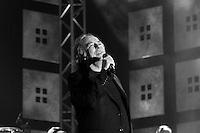 Joan Manuel Serrat enconcierto en <br /> Tel Aviv. Foto Quique Kierszenbaum