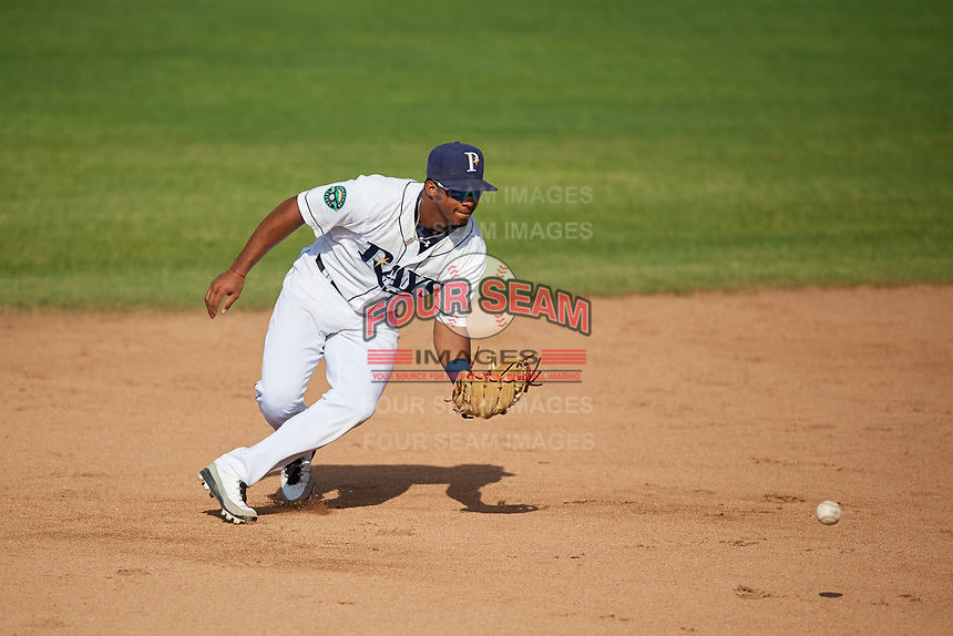 Princeton Rays shortstop Wander Franco (6) fields a ground ball during the first game of a doubleheader against the Johnson City Cardinals on August 17, 2018 at Hunnicutt Field in Princeton, Virginia.  Johnson City defeated Princeton 6-4.  (Mike Janes/Four Seam Images)