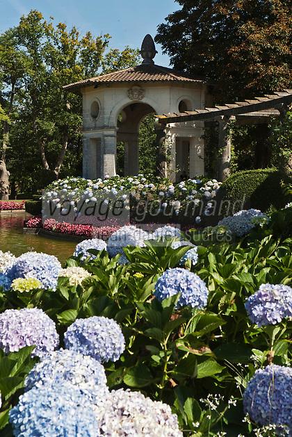 Europe/France/Aquitaine/64/Pyrénées-Atlantiques/Pays-Basque/Cambo-les-Bains:Pergola du  Jardin à la française de la Villa Arnaga, Musée Edmond Rostand