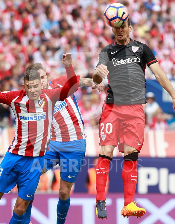 Atletico de Madrid's Lucas Hernandez (l) and Saul Niguez (c) and Athletic de Bilbao's Aritz Aduriz during La Liga match. May 21,2017. (ALTERPHOTOS/Acero)