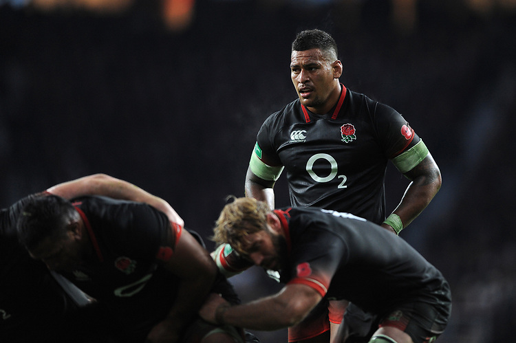Nathan Hughes of England prepares to scrum down during the Old Mutual Wealth Series match between England and Argentina at Twickenham Stadium on Saturday 11th November 2017 (Photo by Rob Munro/Stewart Communications)