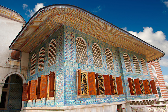 The 17th century Ottoman Style Twin Kiosk  or Apartments of the Crown Prince dating from the reign of Sultan Murat III, finished in znik tiles. Topkapi Palace Istanbult
