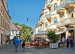 Germany, Bavaria, Lower Franconia, Bad Kissingen - Bavarian Spa Resort and Europe's oldest brine concentrating location: pedestrian area Ludwigstrasse | Deutschland, Bayern, Unterfranken, Bad Kissingen - bayerisches Staatsbad und der aelteste Gradierstandort Europas: Fussgaengerzone Ludwigstrasse