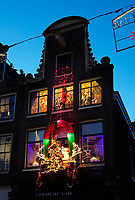 Nederland  Amsterdam  2020.   Uitbundige kerstversiering.    Foto : ANP/ HH / Berlinda van Dam