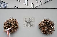 - Milano, piazza delle Culture (ex area industriale Ansaldo CGE), lapide in memoria di partigiani ed antifascisti morti durante la seconda Guerra Mondiale sotto l'occupazione nazifascista<br /> <br /> - Milan, square of Cultures (former industrial area Ansaldo CGE), plaque in memory of anti-Fascist and Partisans killed during the Second World War under the Nazi-Fascist occupation