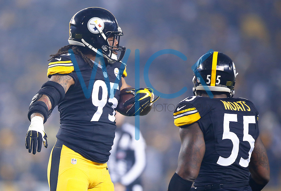 Jarvis Jones #95 of the Pittsburgh Steelers reacts following his interception in the first quarter against the Indianapolis Colts during the game at Heinz Field on December 6, 2015 in Pittsburgh, Pennsylvania. (Photo by Jared Wickerham/DKPittsburghSports)