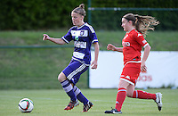 20160520 - TUBIZE , BELGIUM : Anderlecht's Laura Deloose (left) pictured with Standard's Davinia Vanmechelen during a soccer match between the women teams of RSC Anderlecht and Standard Femina de Liege , during the sixth and last matchday in the SUPERLEAGUE Playoff 1 , Friday 20 May 2016 . PHOTO SPORTPIX.BE / DAVID CATRY