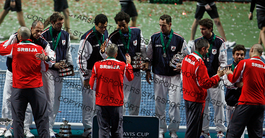 French Davis Cup team players during awards ceremony, Davis Cup finals, Serbia vs France in Belgrade Arena in Belgrade, Serbia, Sunday, 5. December 2010. Serbia has won 3:2 their first Davis Cup title.(credit & photo: Pedja Milosavljevic/SIPA PRESS)