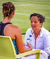 Den Bosch, Netherlands, 12 June, 2018, Tennis, Libema Open, Womans doubles: Lesley Kerkhove (NED) (L) and her coach Selma Androde (NED)<br /> Photo: Henk Koster/tennisimages.com