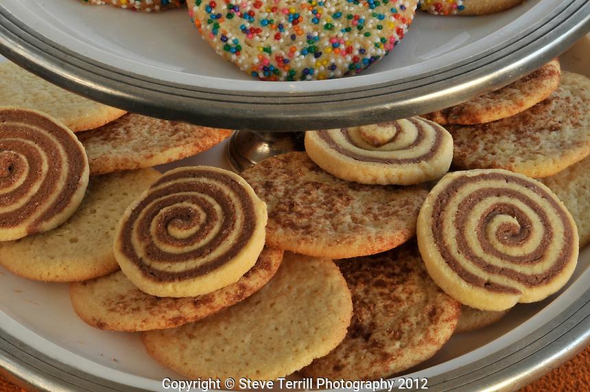 Sugar cookies on plates