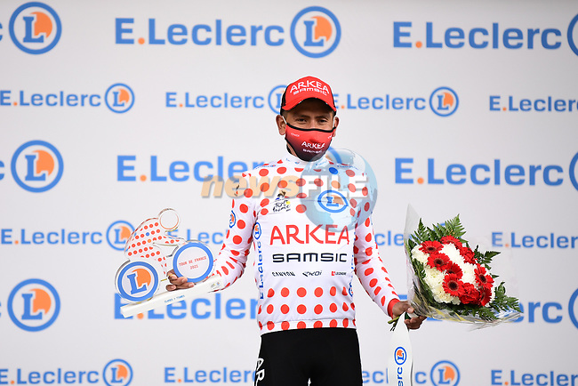 Nairo Quintana (COL) Team Arkea-Samsic takes over the mountains Polka Dot Jersey at the end of Stage 9 of the 2021 Tour de France, running 150.8km from Cluses to Tignes, France. 4th July 2021.  <br /> Picture: A.S.O./Pauline Ballet | Cyclefile<br /> <br /> All photos usage must carry mandatory copyright credit (© Cyclefile | A.S.O./Pauline Ballet)