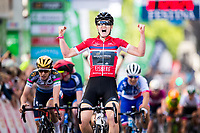 Picture by Alex Whitehead/SWpix.com - 11/06/2017 - Cycling - OVO Energy Women's Tour - Stage 4: The London Stage - Wiggle High5's Jolien D'Hoore celebrates the win.