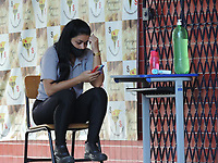 Recife (PE), 20/20/2021 - Educação-Recife - Volta  as aulas presenciais da rede estadual para os cerca de 87 mil estudantes do 3º ano do Ensino Médio, Educação Infantil e Fundamental Anos Iniciais (1º ao 5º ano) em Recife, nesta terça-feira (20). Apesar de o Governo do Estado garantir que o calendário está mantido, o Sindicato dos Trabalhadores em Educação de Pernambuco (Sintepe) afirma que os profissionais começam hoje uma greve por tempo indeterminado, mesmo a Justiça tendo considerado o movimento ilegal.