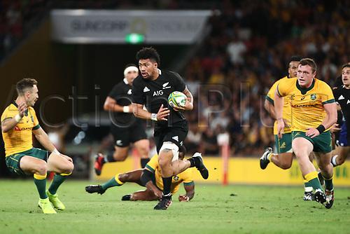7th November 2020, Brisbane, Australia; Tri Nations International rugby union, Australia versus New Zealand;  Ardie Savea of The Allblacks runs with the ball