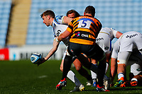 25th April 2021; Ricoh Arena, Coventry, West Midlands, England; English Premiership Rugby, Wasps versus Bath Rugby; Ben Spencer of Bath Rugby looks to offload after being caught by Will Rowlands of Wasps