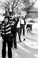 Exercises en public dans le quartier chinois, vers 2015<br /> (date exacte inconnue)<br /> <br /> PHOTO : Agence Quebec presse
