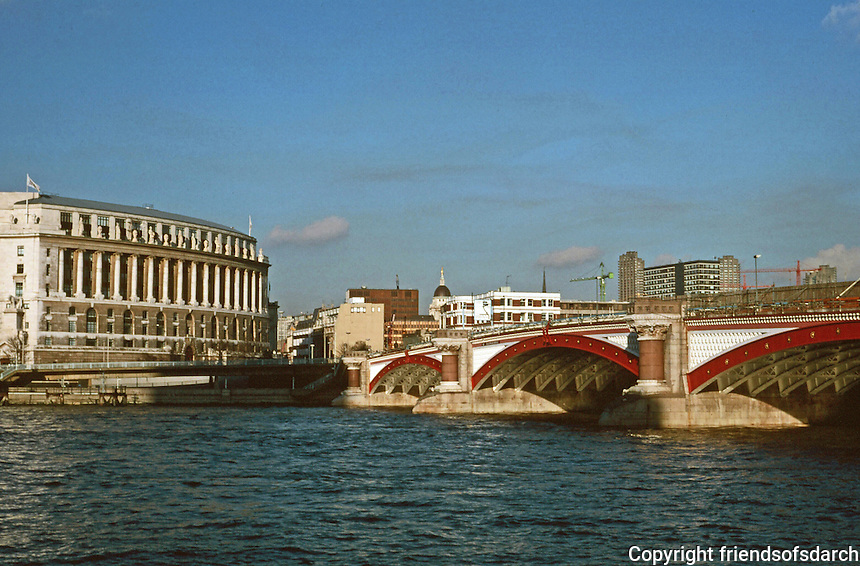 London:  Thameside Walk 11.  Unilever House and Blackfriars Bridge.  Unilever, 1930-31, James Lomax-Simpson, Sir John Burnet. Neo Art Deco style. Photo '90.