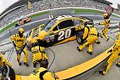2017 Monster Energy NASCAR Cup Series - Fold of Honor QuikTrip 500<br /> Atlanta Motor Speedway, Hampton, GA USA<br /> Sunday 5 March 2017<br /> Matt Kenseth, DEWALT Flexvolt Toyota Camry pit stop<br /> World Copyright: Nigel Kinrade/LAT Images<br /> ref: Digital Image 17ATL1nk08724