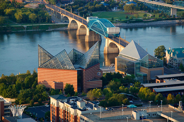 Aquarium and bridges on Tennessee River