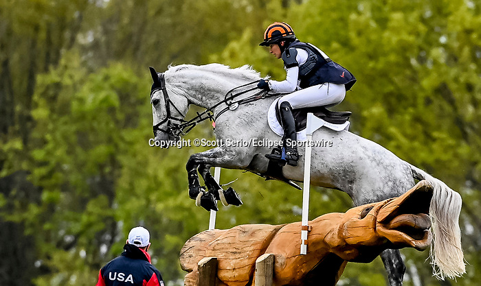 April 24, 2021: Elisabeth Halliday-Sharp competes in the Cross Country phase of the Land Rover 5* 3-Day Event aboard Cooley Quicksilver at the Kentucky Horse Park in Lexington, Kentucky. Scott Serio/Eclipse Sportswire/CSM