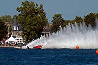 "Mike Monahan, GP-35 ""TM Special"", Tom Thompson, GP-525 ""Fat Chance"" (Grand Prix Hydroplane(s)"