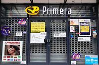 Nederland  Amsterdam   2021.  De Amsterdamse Poort. Primera PostNL punt. Tijdens Lockdown alleen open voor postzaken.    Foto Berlinda van Dam / HH / ANP.