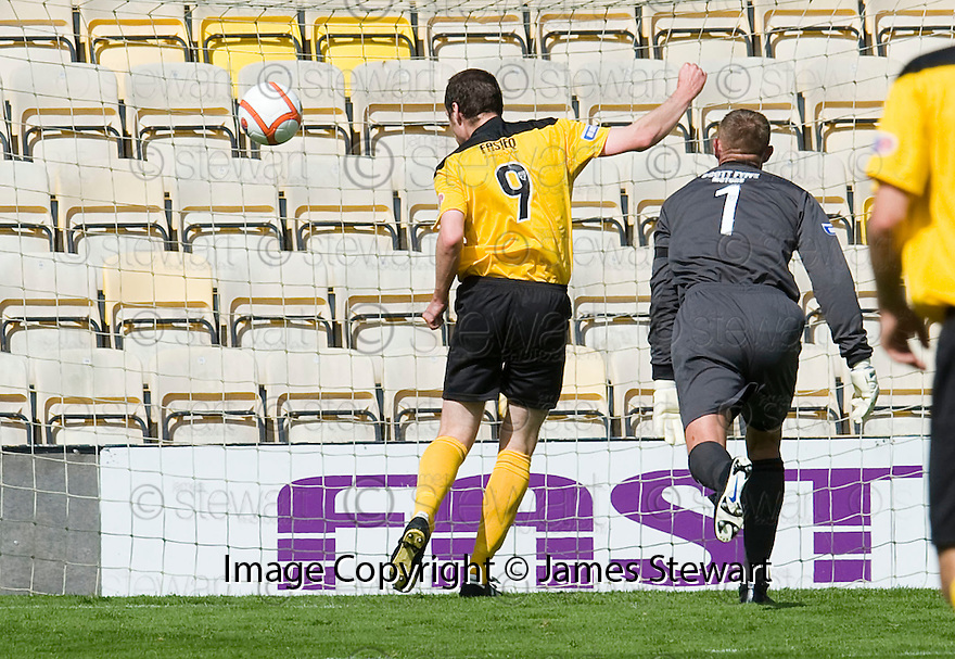 KENNY DEUCHAR SCORES LIVINGSTON'S SECOND
