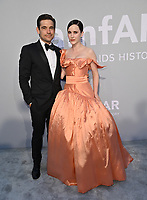 ANTIBES, FRANCE. July 16, 2021: Jason Ralph & Rachel Brosnahan at the amfAR Cannes Gala 2021, as part of the 74th Festival de Cannes, at Villa Eilenroc, Antibes.<br /> Picture: Paul Smith / Featureflash