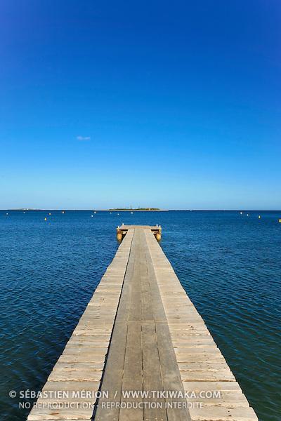 Ponton devant l'île aux Canards, Anse-Vata, Nouméa, Nouvelle-Calédonie