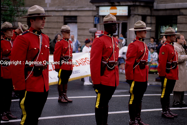 Défilé du 1er Juillet 1998 organisé par le Dr Singh<br /> <br /> Montreal (QC) Canada- 1998 File Photo -Montreal (Qc) CANADA - July 1st 1998 File Photo - Canada Day parade organised by Dr Singh