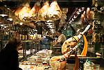 Switzerland, Ticino, Lugano: deli-shop at Old Town   Schweiz, Tessin, Lugano: Spezialitaeten-Geschaeft in der Altstadt