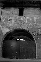 scritte epoca fascista dux