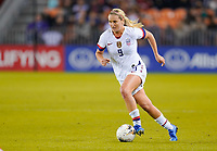 HOUSTON, TX - JANUARY 31: Lindsey Horan #9 of the United States moves with the ball during a game between Panama and USWNT at BBVA Stadium on January 31, 2020 in Houston, Texas.