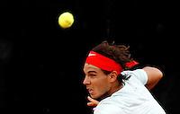 Lo spagnolo Rafael Nadal in azione durante gli Internazionali d'Italia di tennis a Roma, 16 Maggio 2013..Spain's Rafael Nadal in action during the Italian Open Tennis tournament ATP Master 1000 in Rome, 16 May 2013.UPDATE IMAGES PRESS/Isabella Bonotto