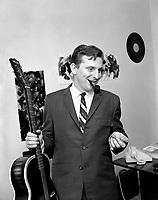 Sujet : Andre Lejeune<br /> Date : 29 octobre 1965<br /> <br />  © Agence Québec Presse, Fonds Photo Moderne