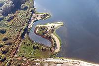 Kreetsand: EUROPA, DEUTSCHLAND, HAMBURG 23.10.2020: Tiedeelbe Konzept Kreetsand, Hamburg Port Authority (HPA), soll auf der Ostseite der Elbinsel Wilhelmsburg zusaetzlichen Flutraum für die Elbe schaffen. Das Tidevolumen wird durch diese strombauliche Massnahme vergroessert und der Tidehub reduziert. Gleichzeitig ergeben sich neue Moeglichkeiten für eine integrative Planung und Umsetzung verschiedenster Interessen und Belange aus Hochwasserschutz, Hafennutzung, Wasserwirtschaft, Naturschutz und Naherholung.