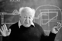 AA Walter Segal