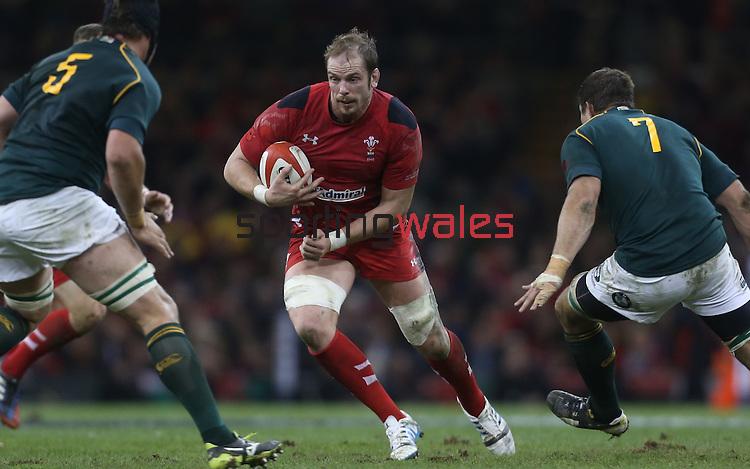 Wales lock Alun Wyn Jones takes on Springok pair Flip Van Der Merwe and Willem Alberts.<br /> <br /> 2013 Dove Men Series<br /> Wales v South Africa<br /> Millennium Stadium<br /> 09.11.13<br /> ©Steve Pope-Sportingwales