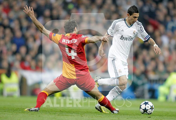 Real Madrid's Angel Di Maria against Galatasaray's Hamit Altintop during UEFA Champions League match. April 03, 2013. (ALTERPHOTOS/Alvaro Hernandez)