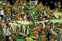 BARRANCABERMEJA -COLOMBIA, 16-10-2016:  Hinchas del Cali animan a su equipo durante el encuentro entre Alianza Petrolera y Deportivo Cali por la fecha 16 de la Liga Aguila II 2016 disputado en el estadio Daniel Villa Zapata de la ciudad de Barrancabermeja. / Fans of Cali cheer for their team during the macha between Alianza Petrolera and Deportivo Cali for the date 16 of the Aguila League II 2016 played at Daniel Villa Zapata stadium in Barrancebermeja city. Photo: VizzorImage / Jose Martinez / Cont
