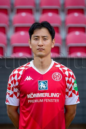 16th August 2020, Rheinland-Pfalz - Mainz, Germany: Official media day for FSC Mainz players and staff; Dong-won Ji FSV Mainz 05