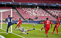 23rd August 2020, Estádio da Luz, Lison, Portugal; UEFA Champions League final, Paris St Germain versus Bayern Munich; Neymar (PSG), sees his shot saved twice by goalkeeper Manuel Neuer (Mu)