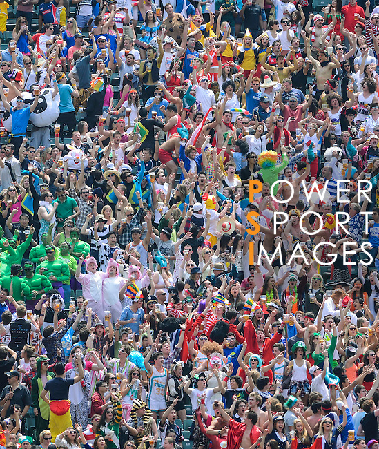 Atmosphere on Day 3 of the 2012 Cathay Pacific / HSBC Hong Kong Sevens at the Hong Kong Stadium in Hong Kong, China on 25th March 2012. Photo © Victor Fraile / The Power of Sport Images