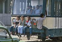 - public transports....- trasporti pubblici