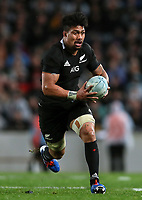 Ardie Savea on attack during the Bledisloe Cup rugby match between the New Zealand All Blacks and Australia Wallabies at Eden Park in Auckland, New Zealand on Saturday, 17 August 2019. Photo: Simon Watts / lintottphoto.co.nz