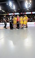 Larvik (Norwegen) - EHF Champions League Hauptrunde - HK Larvik gegen HC Leipzig - 29:19 - Niederlage für HC Leipzig - im Bild: Gemeinsam verloren - der HCL nach dem Spiel.  Foto: Norman Rembarz..Jegliche kommerzielle Nutzung ist honorar- und mehrwertsteuerpflichtig! Persönlichkeitsrechte sind zu wahren. Es wird keine Haftung übernommen bei Verletzung von Rechten Dritter. Autoren-Nennung gem. §13 UrhGes. wird verlangt. Weitergabe an Dritte nur nach  vorheriger Absprache..